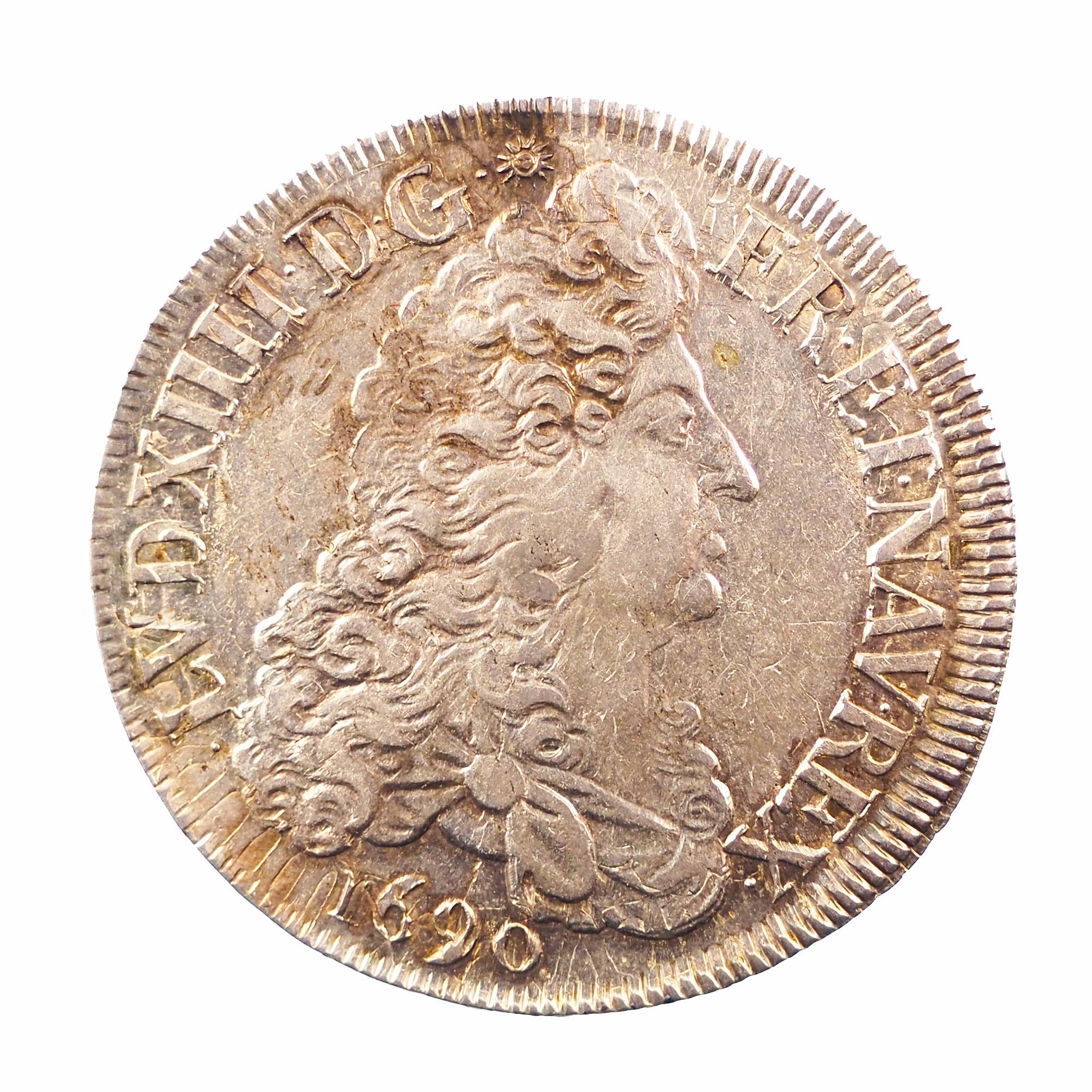 Louis XIV, Écu aux 8L, 1690 Rennes, TTB+, Gadoury 216, rf 9 inversé
